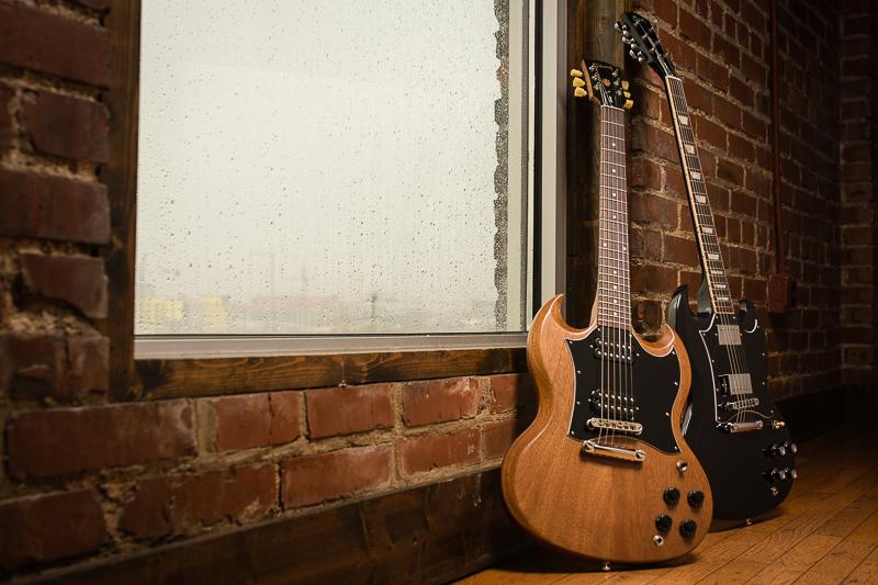 guitares électriques gibson sg finition naturelle finition noir black ebony