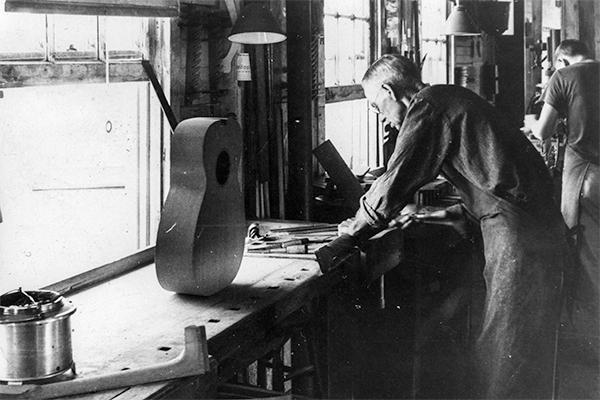 martin guitar luthier atelier nazareth