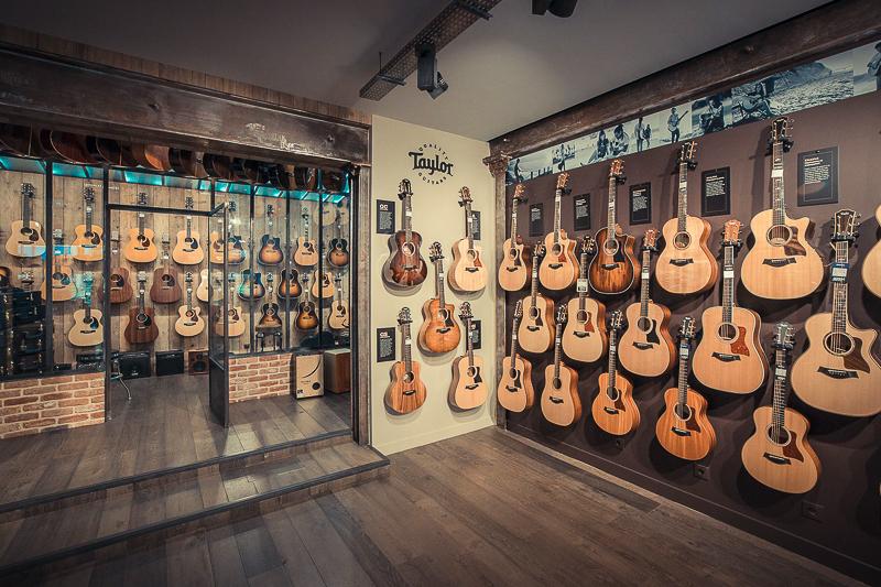 mur de guitares taylor magasin star's music paris