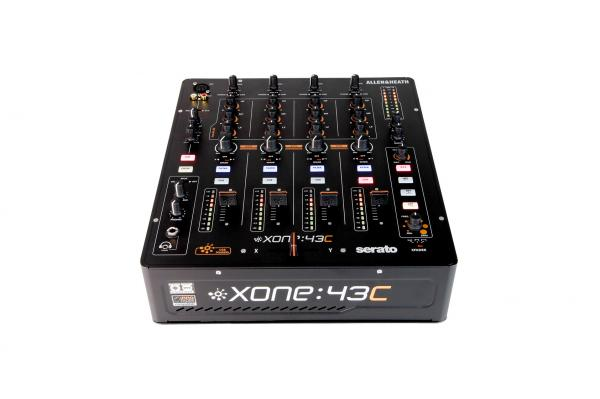 Table de mixage dj Allen & heath Xone:43C