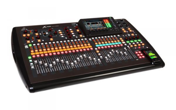 Table de mixage num rique behringer x32 star 39 s music - Console numerique behringer ...
