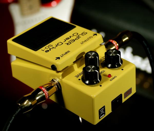 Pédale overdrive / distortion / fuzz Boss SD-1 Super OverDrive