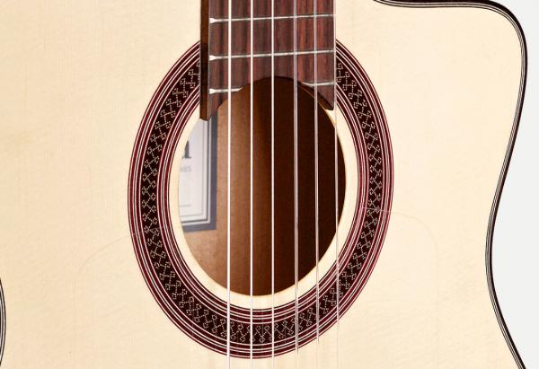 Guitare classique format 4/4 Cordoba GK Studio +Bag - natural