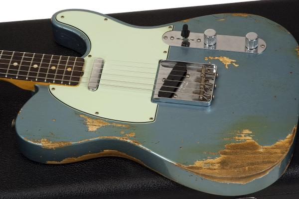 Guitare électrique solid body Fender Custom Shop 1963 Telecaster Ltd #R92496 - heavy relic lake placid blue