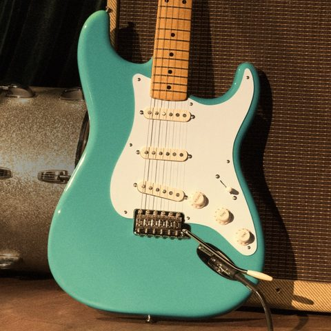 Guitare électrique solid body Fender Vintera 60's Stratocaster Modified (MEX, MN) - olympic white