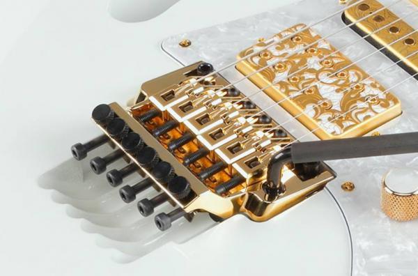 Guitare électrique Ibanez, Steve Vai, Guitare électrique signature Steve Vai Ibanez, Ibanez PIA Made In Japan