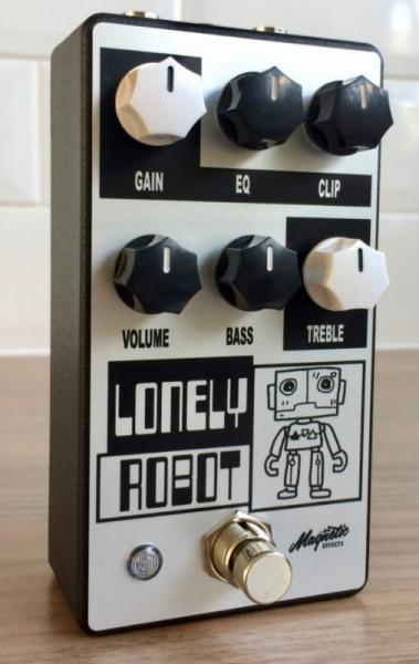 Pédale overdrive / distortion / fuzz Magnetic effects Lonely Robot Overdrive/Distortion