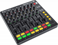 Surface de contrôle Novation Launch Control XL Black