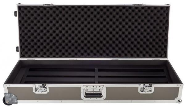 Pedal board flight pour effet Pedal train Terra 42 TCW (Tour Case With Wheels)