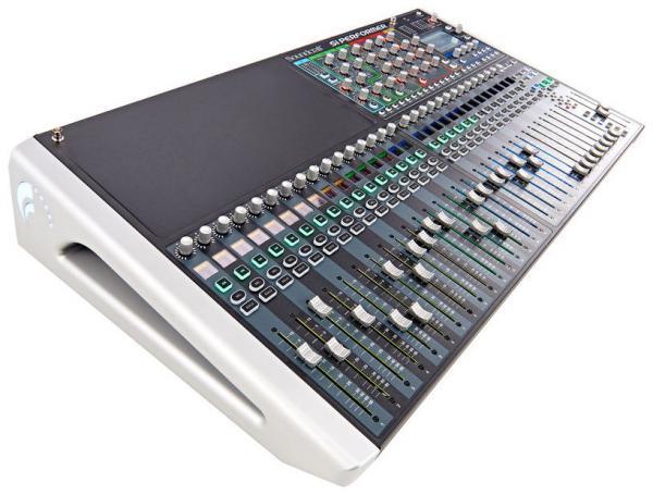 table de mixage num rique soundcraft si performer 3 star 39 s music. Black Bedroom Furniture Sets. Home Design Ideas