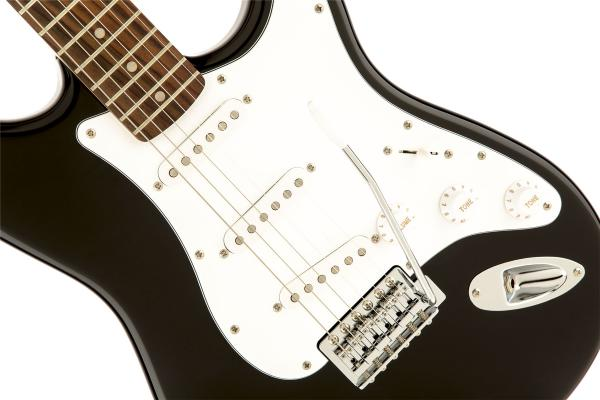 Guitare électrique solid body Squier Stratocaster Affinity Series (LAU) - black