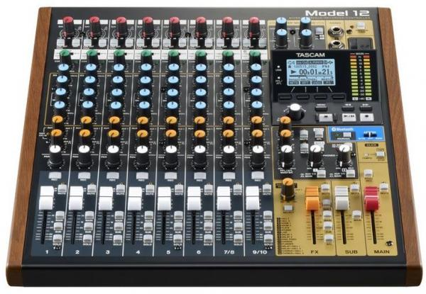 Table de mixage analogique Tascam Model 12