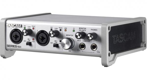 Interface audio Tascam Series 102I