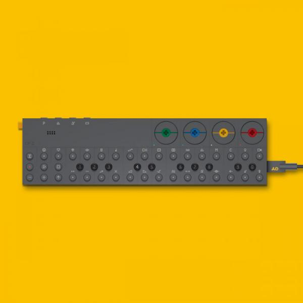 Synthétiseur Teenage engineering OP-Z